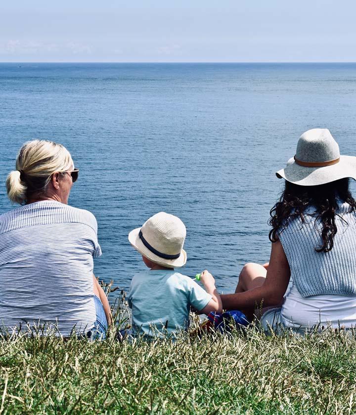 fam-beach-conversation